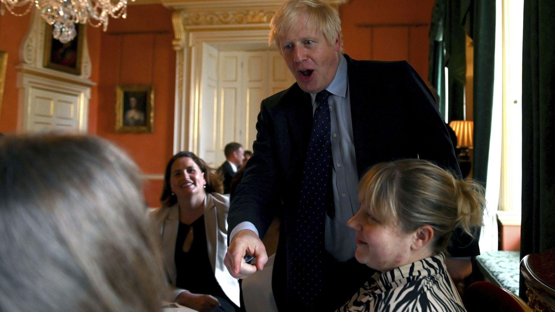 Борис Джонсън загуби мнозинството си в парламента
