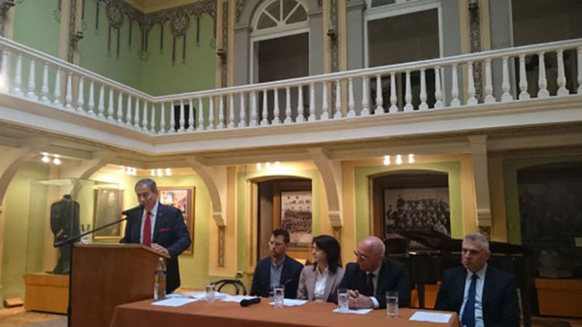 """""""Дом за пловдивската опера"""" търси помощ от Европа"""