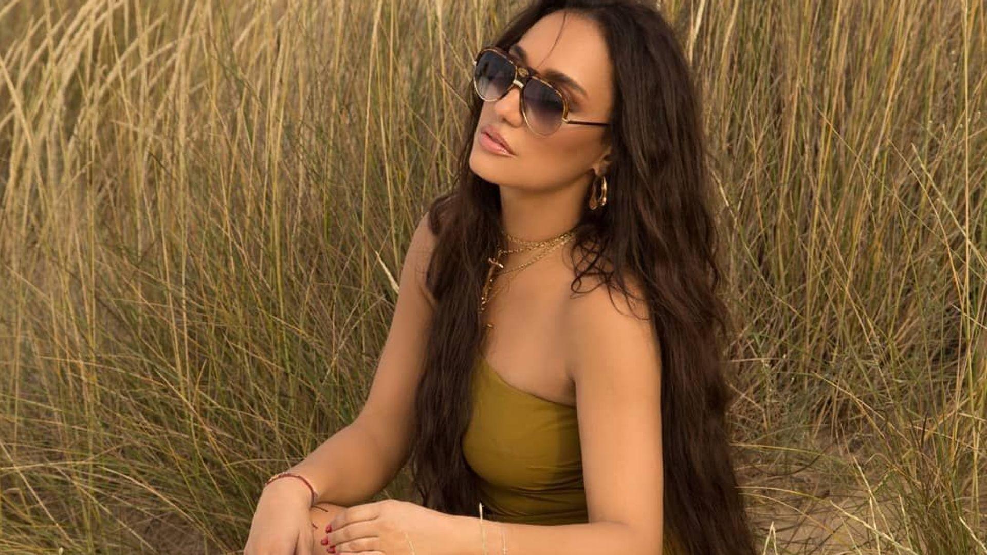 Мария Илиева изпрати лятото развълнувана на плажа