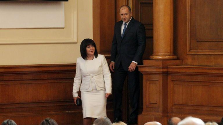 Главният секретар на президента - Димитър Стоянов, отвърна на огъня,