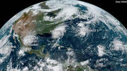 Продължава сезонът на ураганите в северното полукълбо