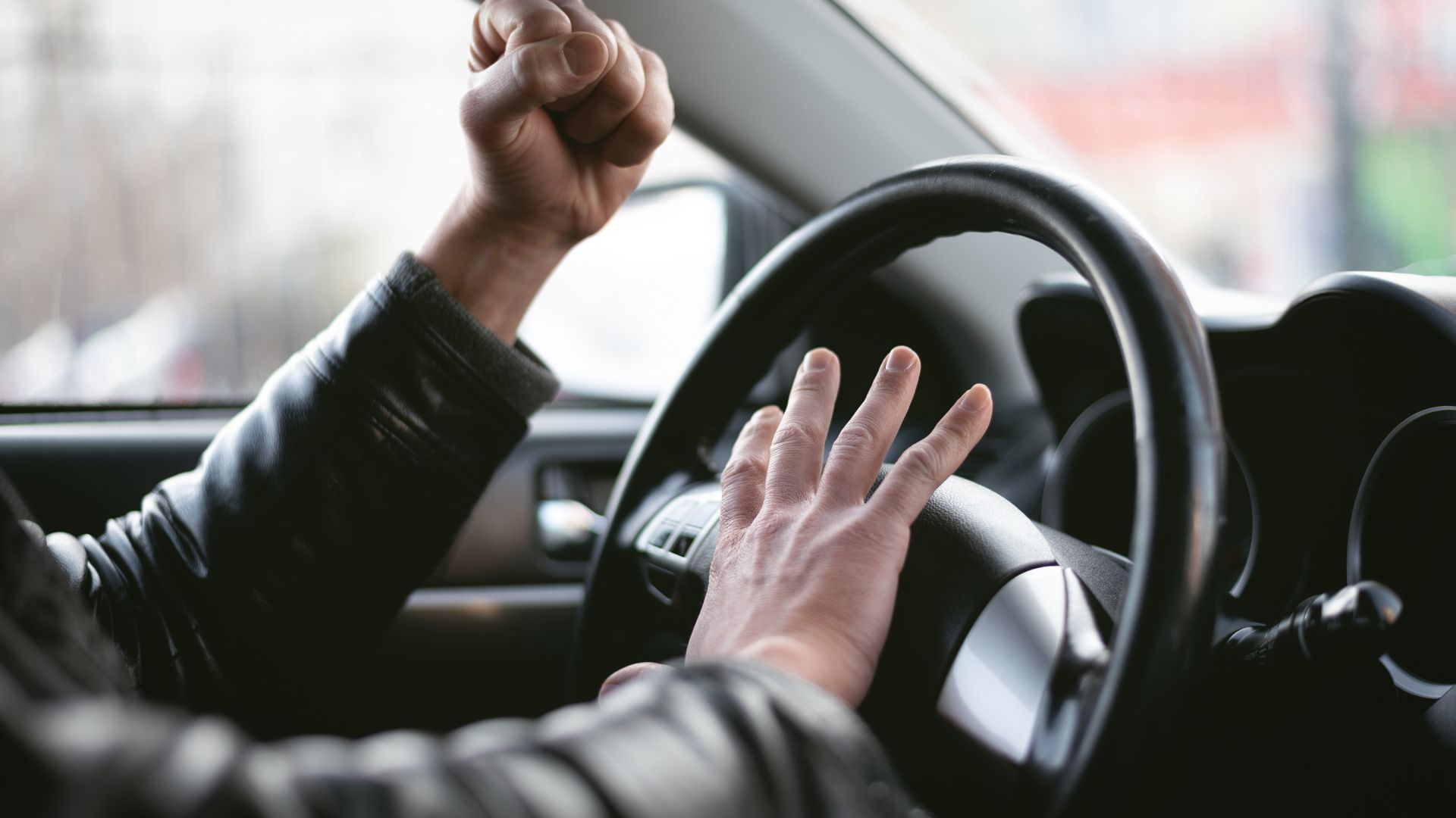 Свидетели заснеха пореден клип с агресия на пътя (видео)