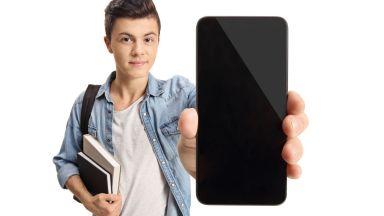 А1 пусна смартфони на половин цена за новата учебна година