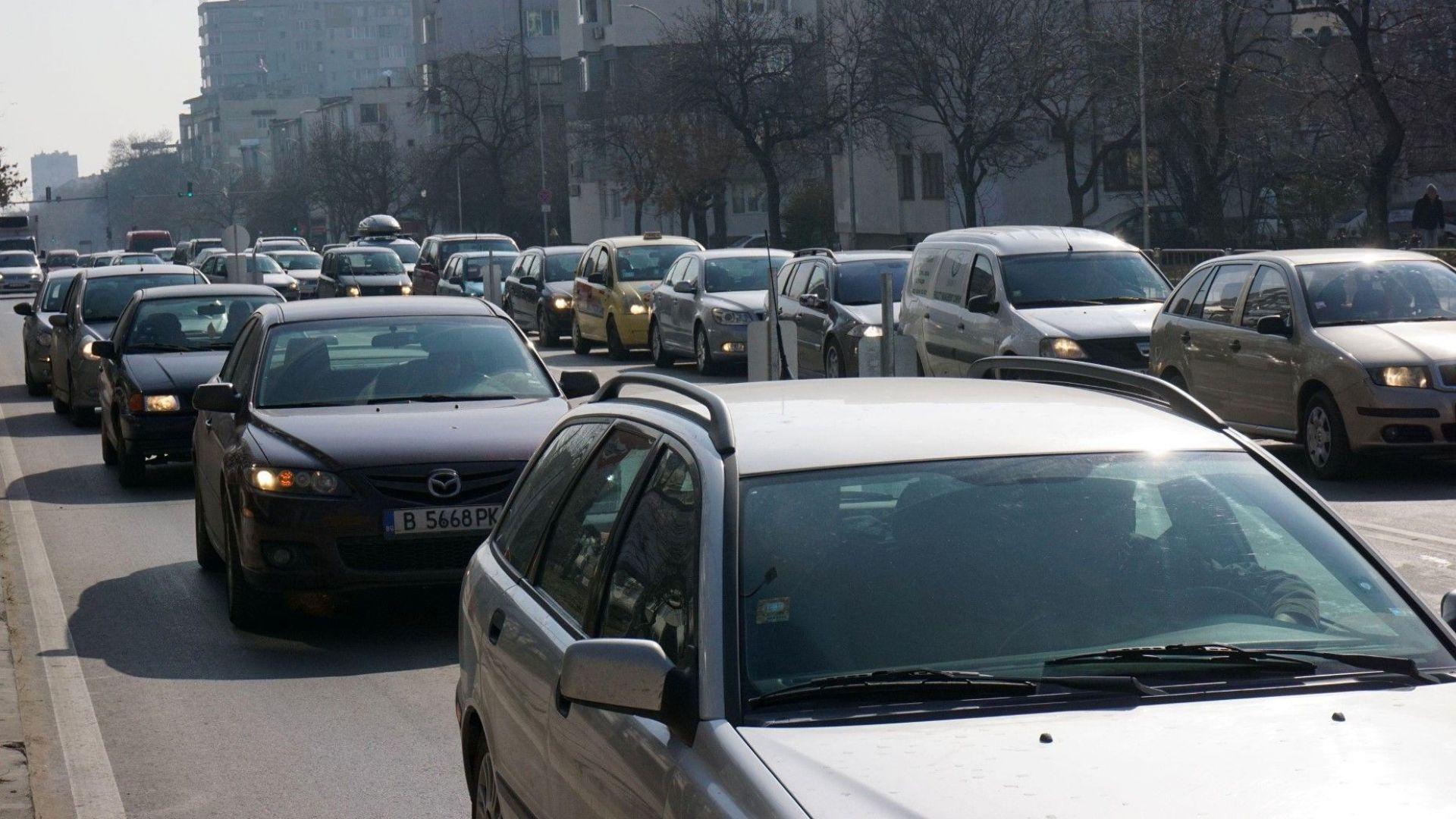 Звукови радари ще глобяват автоматично шумни коли