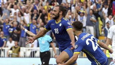 УЕФА забранява мачовете между Русия и Косово