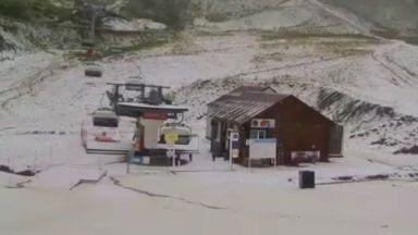 Сняг заваля в руски черноморски курорт (видео)