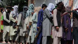 Талибаните предупредиха, че без преговори още американци ще умрат