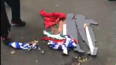 Македонци подпалиха българско и гръцко знаме в Мелбърн