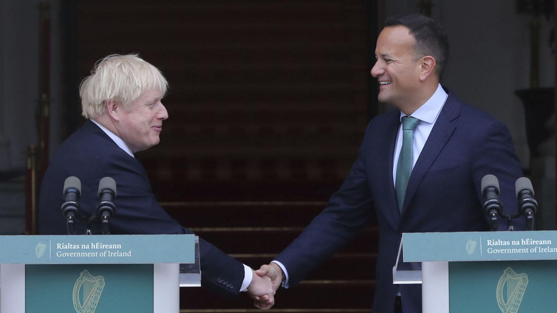 Джонсън увери ирландския премиер, че може да има сделка за Брекзит до 31 октомври