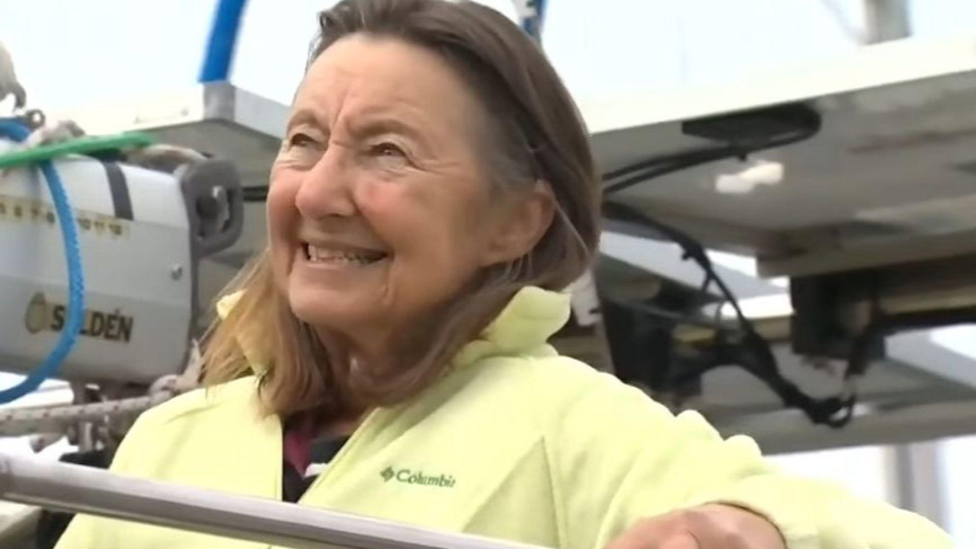 77-годишната британка Джийни Сократис стана най-възрастният човек, обиколил света по