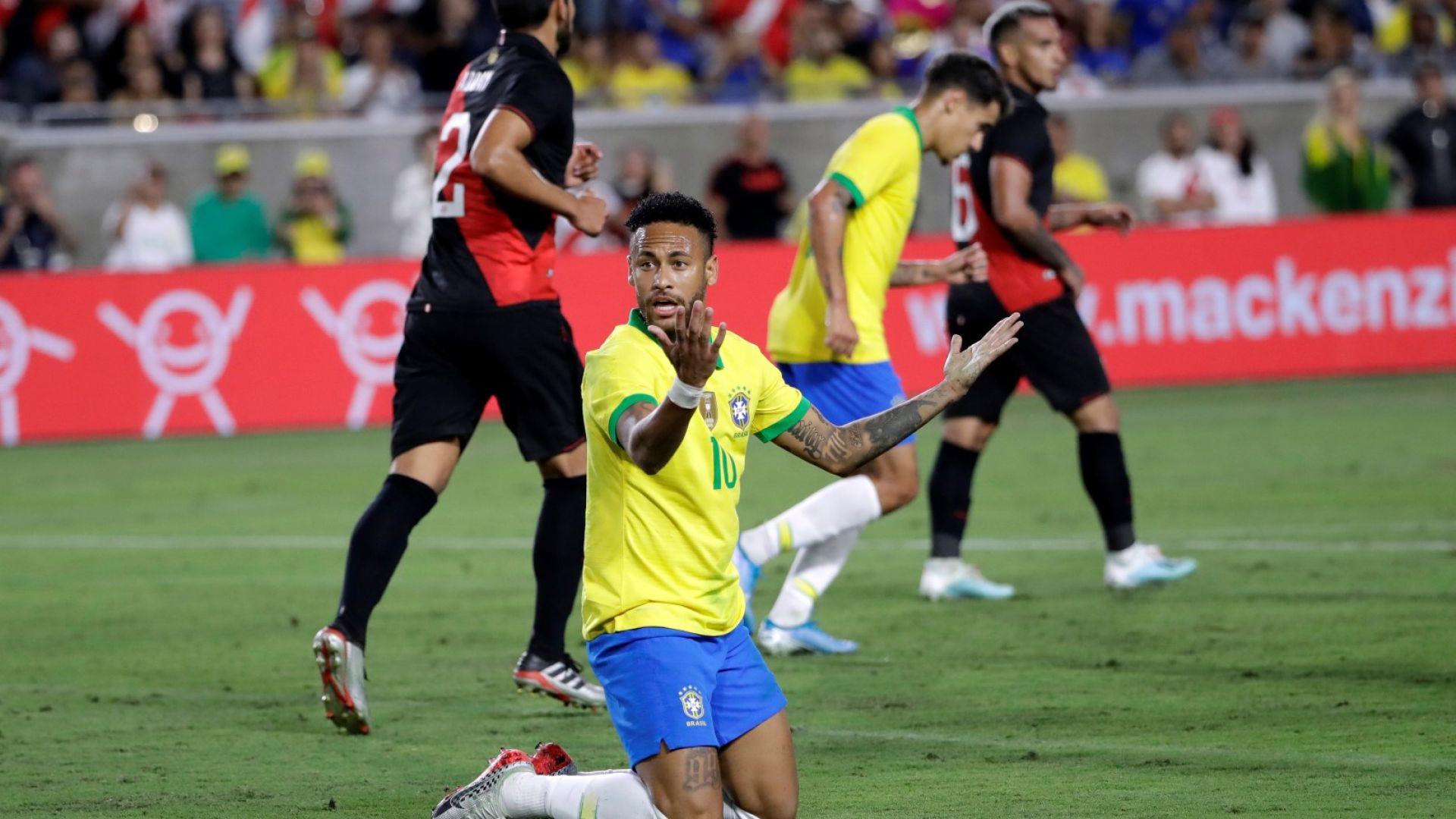 Серията без загуба на Бразилия свърши, а Аржентина си намери нов герой