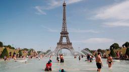 Аномалните жеги във Франция са отнели живота на 1500 души