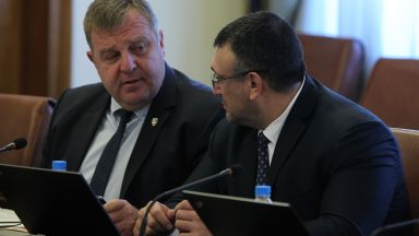Каракачанов: Така не може повече - при всяко напрежение да удрят коалиционните партньори