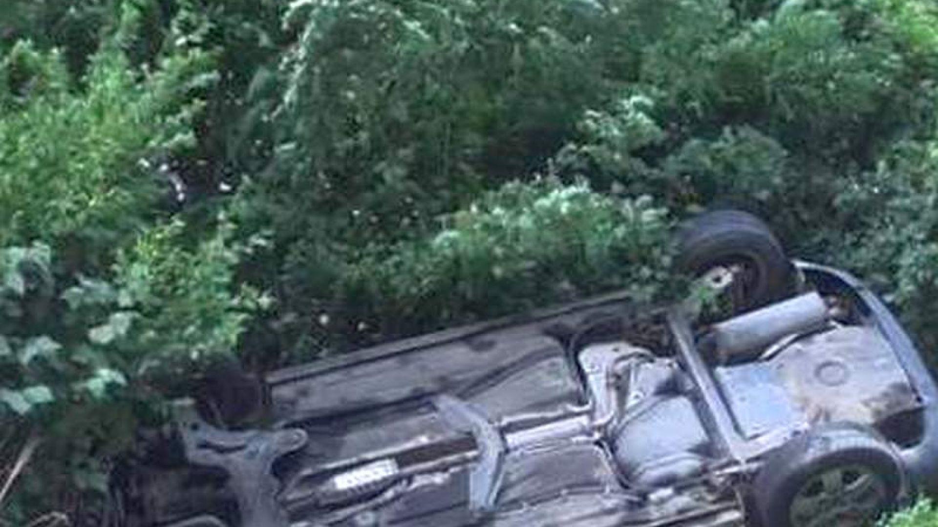 Шофьор излeтя от пътя край Приморско, намериха го мъртъв два дни по-късно