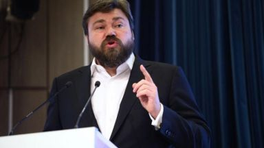 """Агов и Станилов за шпионската афера: От """"Малофеев иска да възстанови империята"""" до """"скандалът е същит с бели конци"""""""