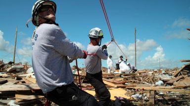 2500 души в неизвестност след урагана Дориан