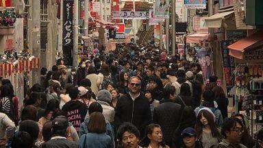 Забавни фотографии, защо Азия не е за високи хора