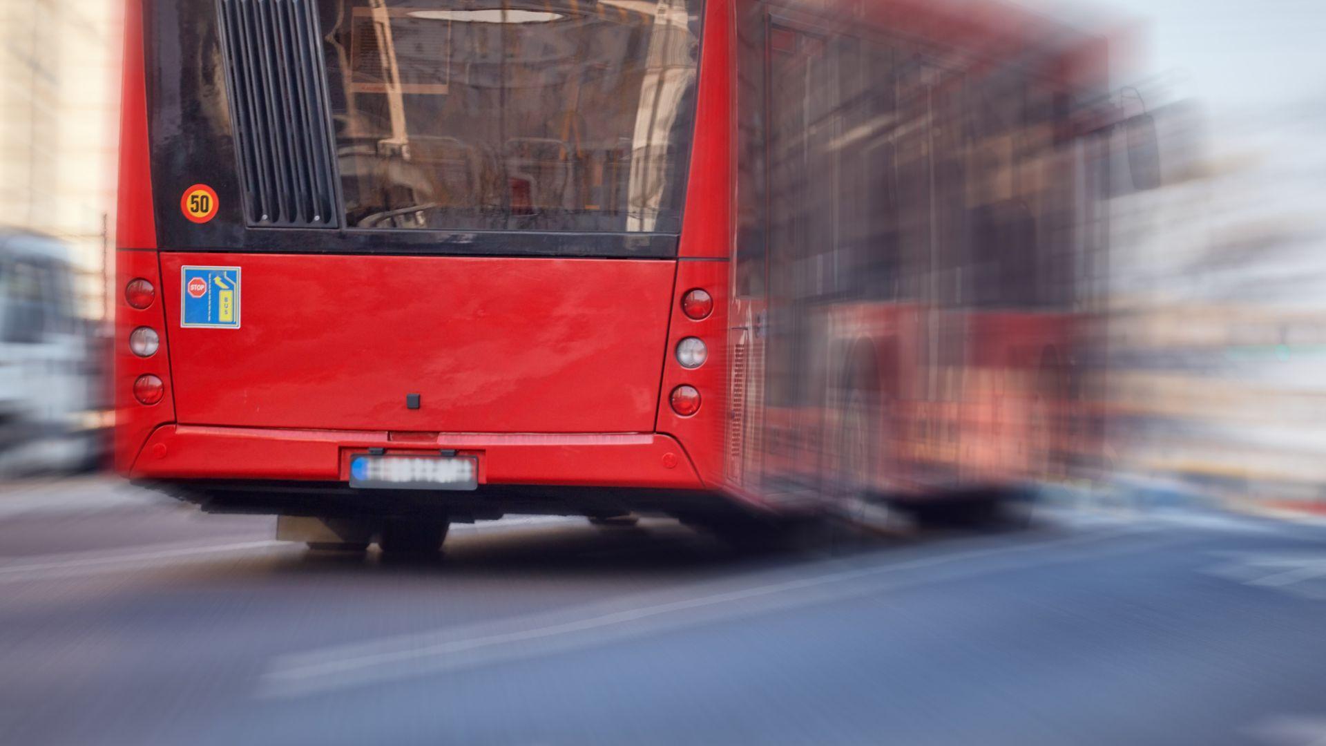 Според Любомир Георгиев скоростта на автобусите трябва да се увеличи до поне 30-40 км/ч (сега е 21 км/ч), което би довело съкращаването на времето за придвижване наполовина.