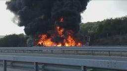 """Турски тир се запали на АМ """"Марица"""", движението около Харманли е затруднено"""