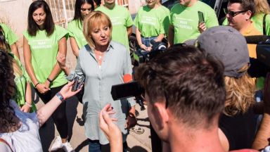 Мая Манолова поиска референдум за преработването на боклука на София