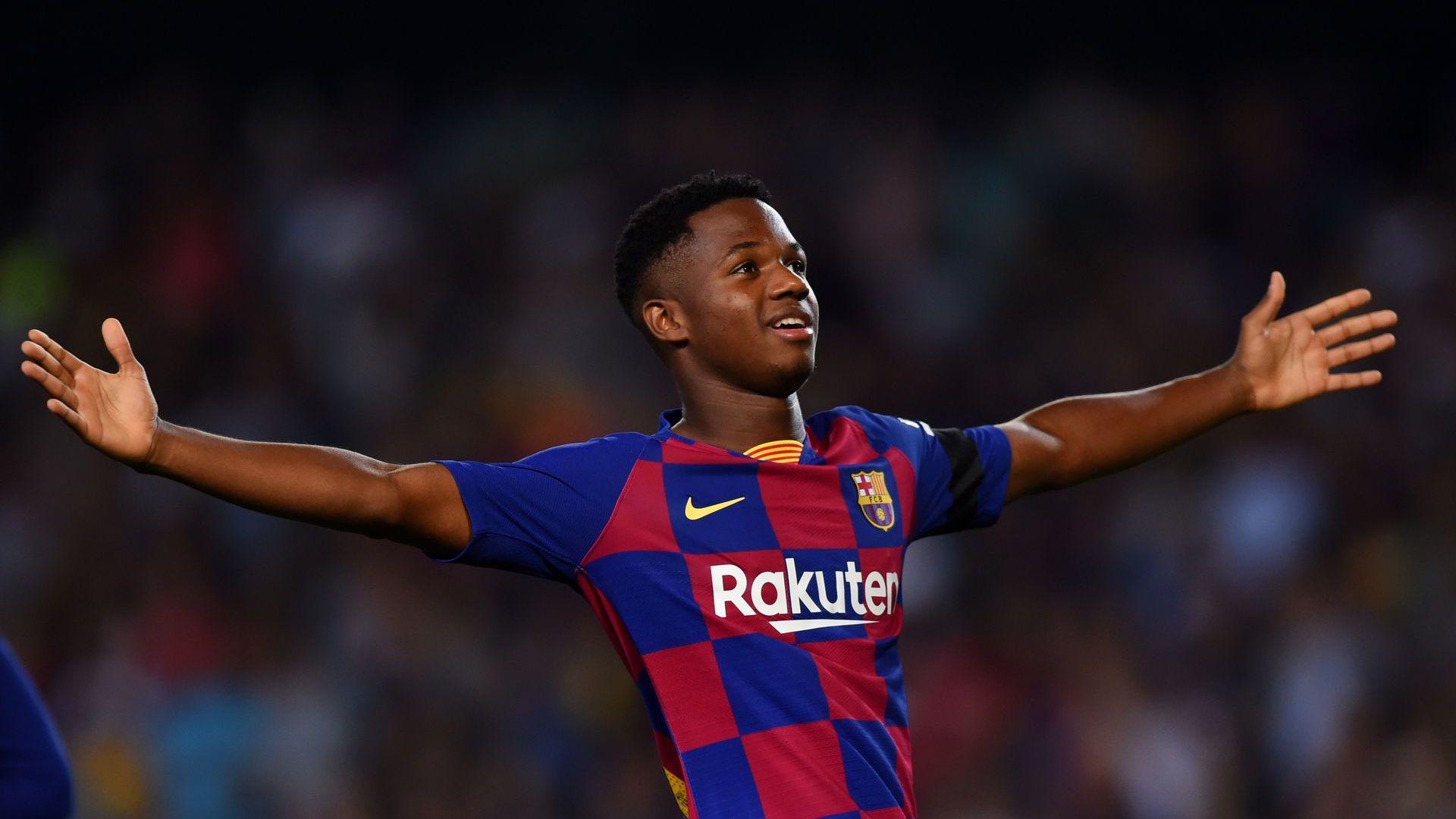 Полудява ли отново футболът? Предложиха 100 млн. евро за 17-годишен играч