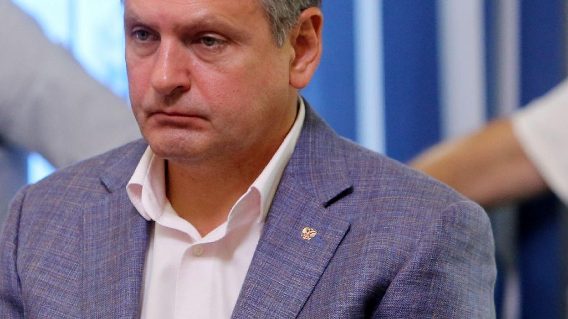 Николай Малинов е напуснал страната в разгара на втория шпионски скандал с Русия