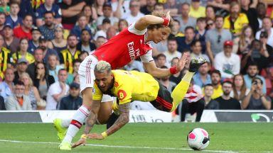 Арсенал се издъни срещу последния