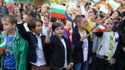 700 хил. ученици влязоха в класните стаи днес