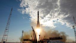 Колко струва застраховката на руските космически кораби