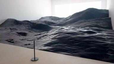 """Екзотична морска вълна на японски художници привлича огромен интерес в Музея """"Мори"""""""