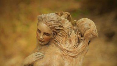 Уникални скулптури от дърво
