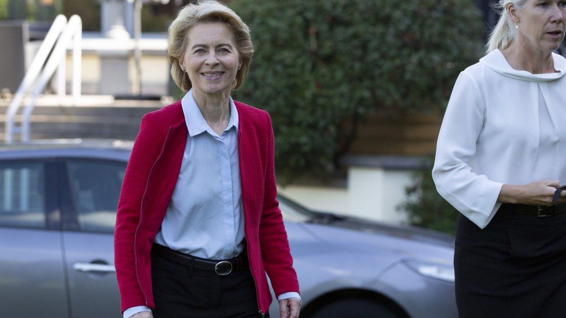 Фон дер Лайен защити името на мигрантския ресор, либералите я заплашиха с вето