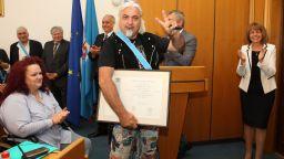 Видни артисти и общественици станаха почетни граждани в Деня на София (снимки)
