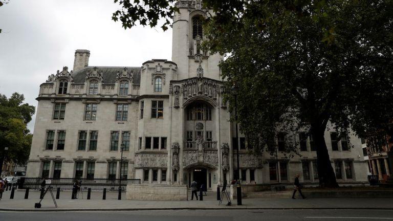 Три дни британският Върховен съд ще обсъжда законно ли Борис Джонсън спря работата на парламента