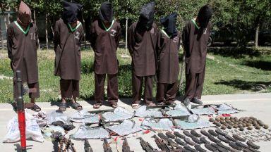 Талибаните окървавиха предизборен митинг на президента на Афганистан
