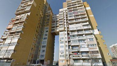 Тийнейджър скочи от 14-ия етаж на столичен блок