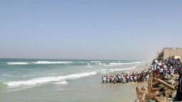 Шестима загинаха след корабокрушение край необитаем остров