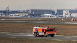 """""""Боинг"""" се приземи във Вашинтон с горящ двигател"""