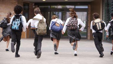 Само 12% от учениците във Варна отиват на училище с желание