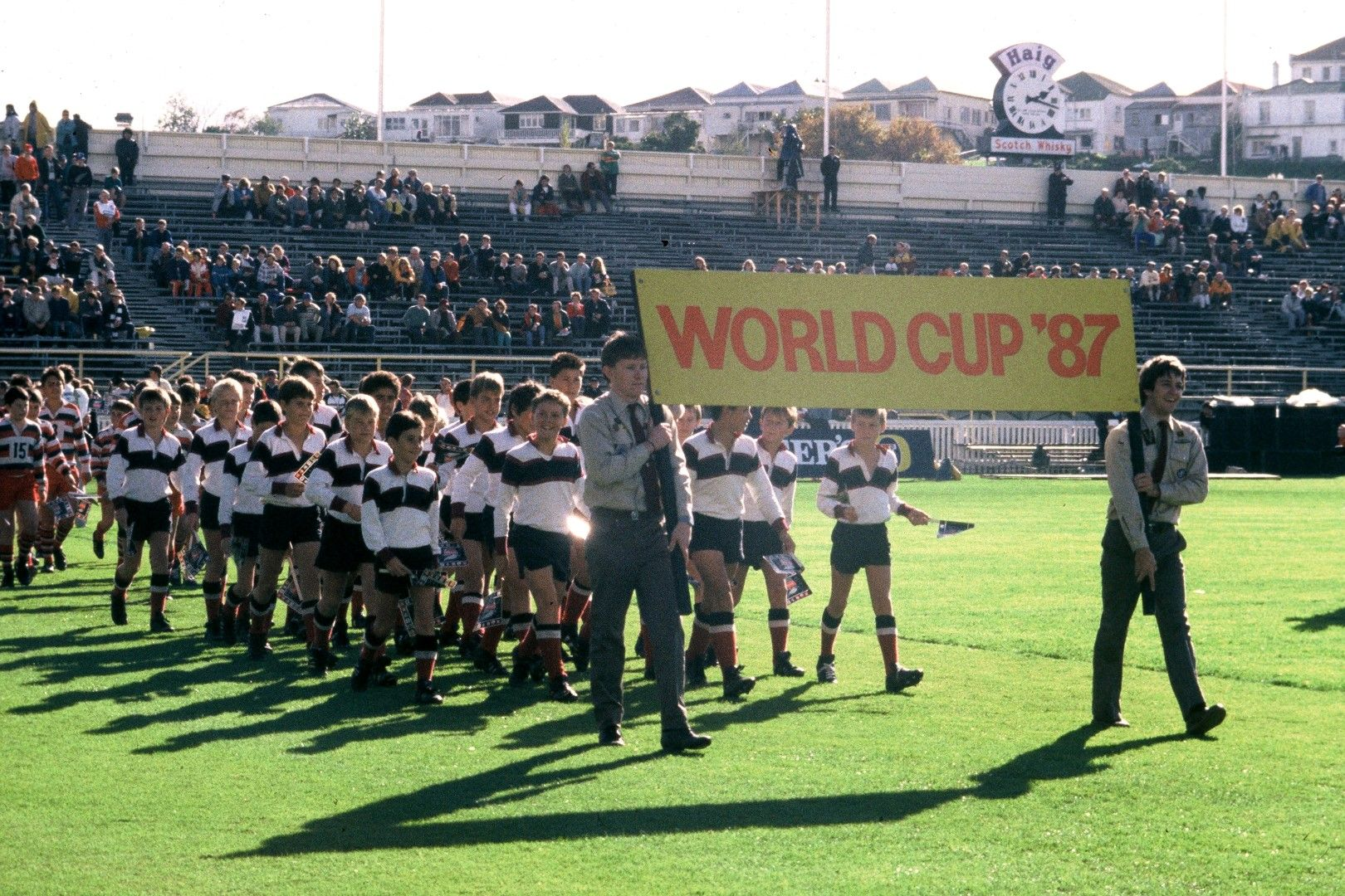 Началото - първото Световно първенство по ръгби бе в Нова Зеландия преди 32 години