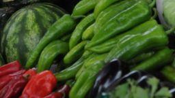 Експерт: Българските плодове и зеленчуци трудно достигат до търговските вериги