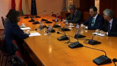 Корнелия Нинова се срещна с временно управляващия посолството на САЩ Джъстин Фридман