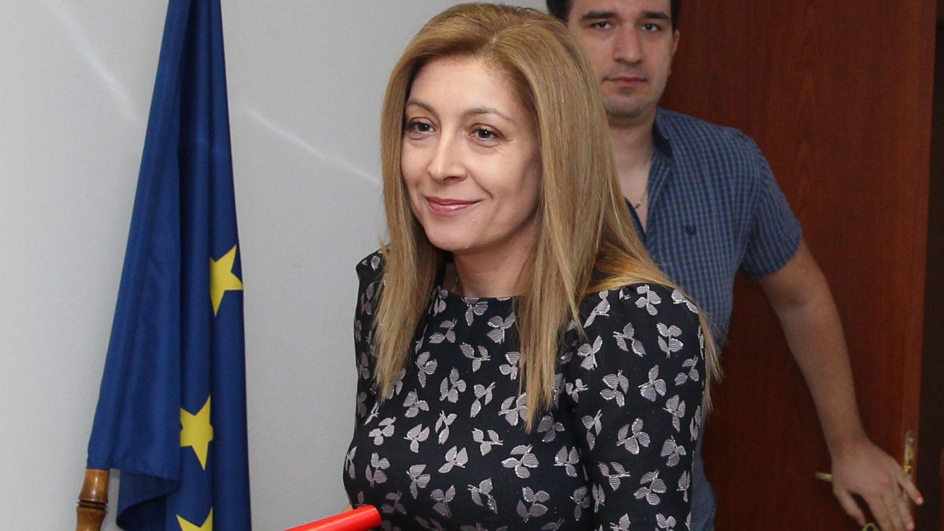 И шестимата кандидати за генерален директор на БНР - Жени