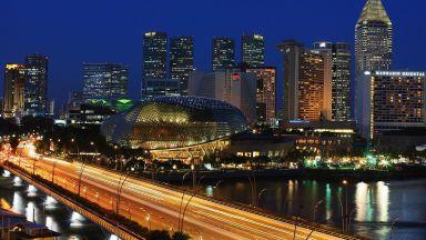 В нощен Сингапур зрелището е гарантирано (галерия)
