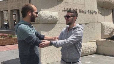 """""""Кръвни братя"""" се срещат 3 г. след получения шанс за нов живот"""