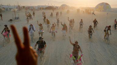 Най-щурите творби на тазгодишния Burning Man в Невада