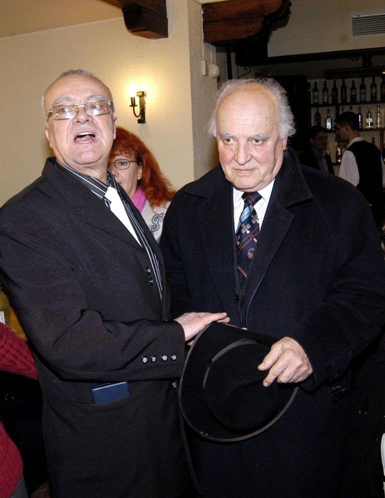 """1 март 2006 г.- Проф. Вучков с бившия премиер Димитър Попов на честването на 70-годишния си юбилей и 3 години от старта на предаването """"Размисли и страсти"""" по телевизия СКАТ"""