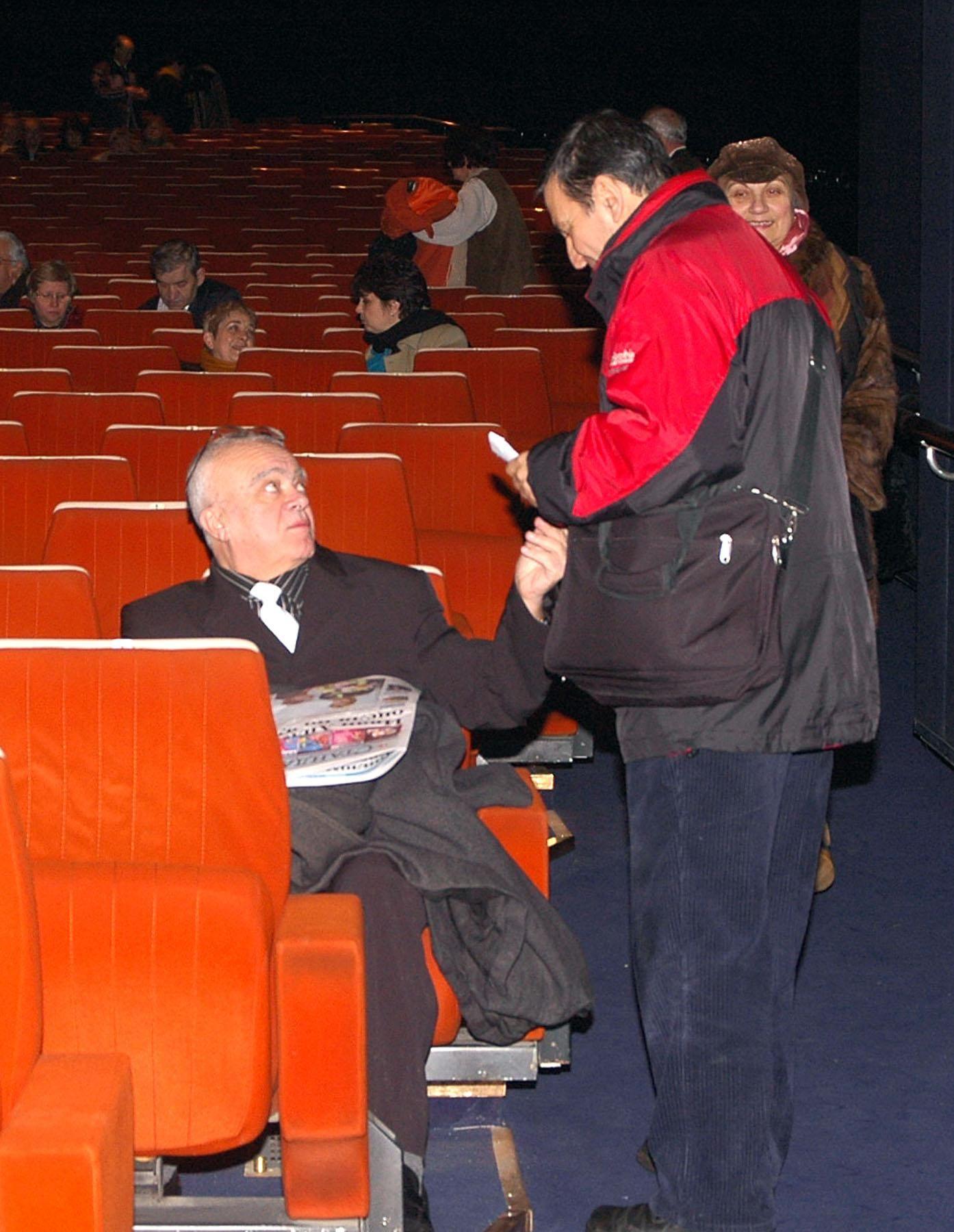 """Професор Юлиан Вучков на представянето на книгата на Недялко Йорданов """"Не остарявай любов"""" в зала 1 на НДК"""