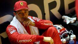 """Нов удар за """"Ферари"""": Леклер ще бъде наказан с 10 места на старта в Бразилия"""