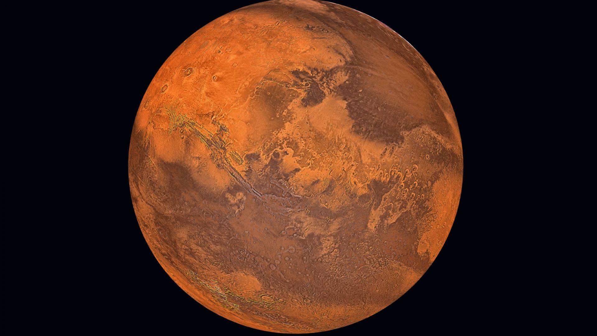 Специалисти откриха признаци  за по-голяма геоложка активност на Венера от известната